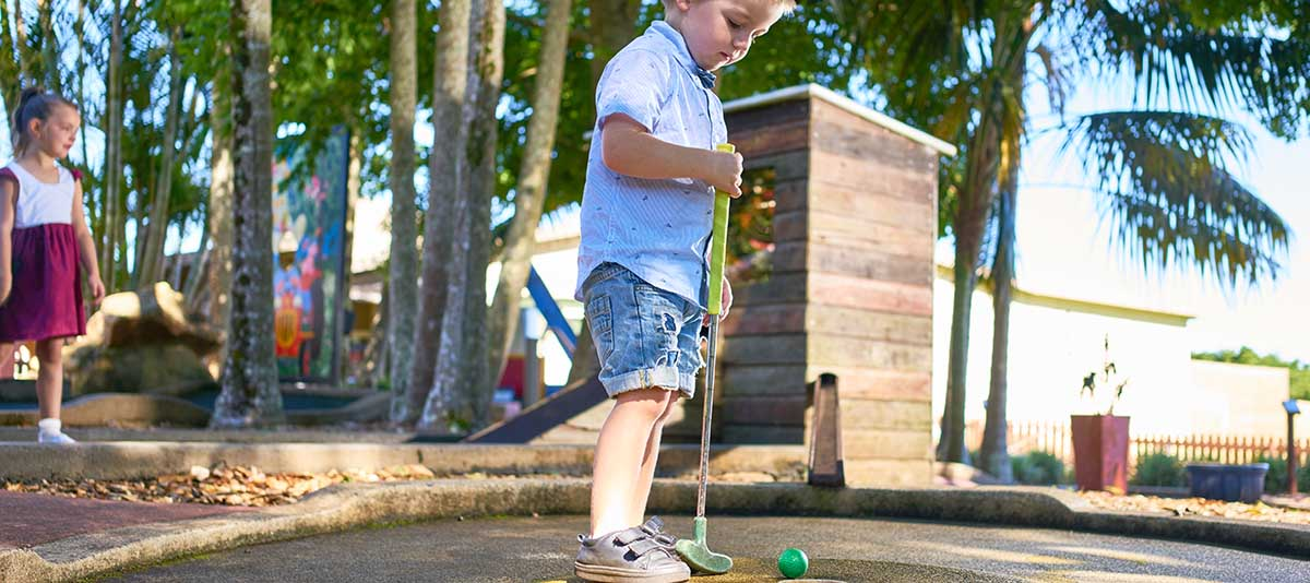 Mini Golf at Summerland House Farm